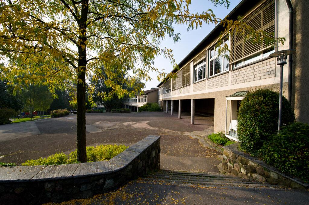 Bautypologie Schulhausbau, This Oberhänsli, Volksschulhausbau in Luzern