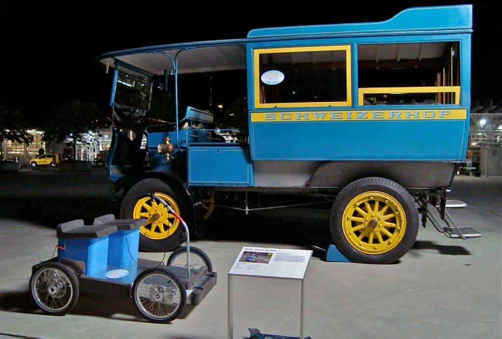Während Jahren war die Veranstaltung 'formula e' im Verkehrshaus der Schweiz das wichtigste Treffen für historischer, für aktuelle, aber auch für künftige Elektromobilität.